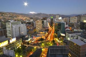 1-panoramic-photograph-of-the-city-of-la-paz-republic-of-bolivia-eric-bauer